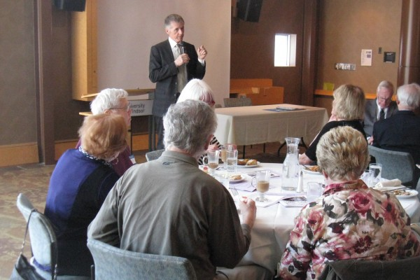 President Alan Wildeman updated members of UNI-COM Retirement Centre on future plans for the University, during the group's annual general meeting and luncheon.