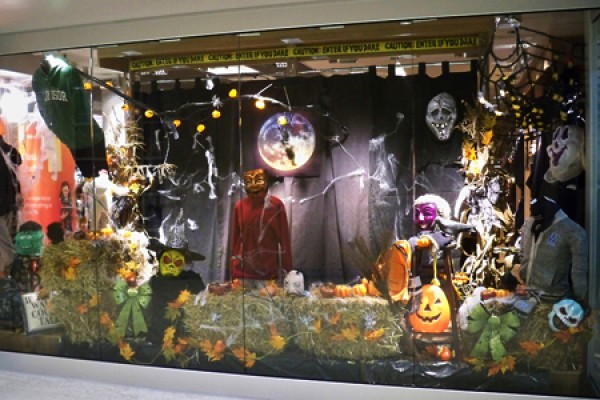 Bookstore window decorated for Hallowe'en