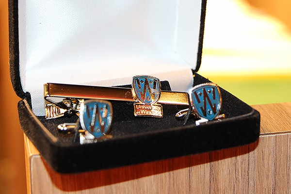 UWindsor tie bar and cufflink set