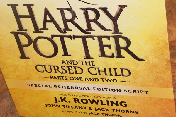 "poster advertising ""Harry Potter and the Cursed Child"""