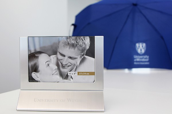 UWindsor umbrella and picture frame