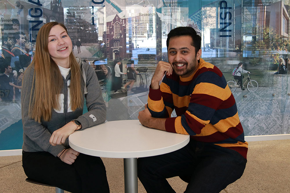 Communication Studies student Shreyas Tambe shares his exchange experiences with Ida Karlsson from Jonkoping University in the Welcome Centre.