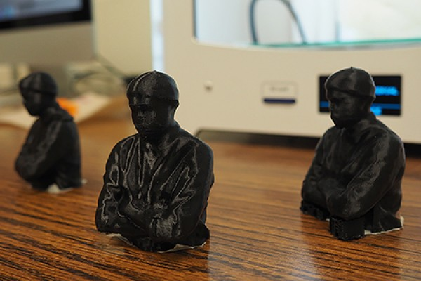 Busts of MFA student Luke Maddaford