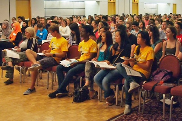 volunteer mentors fill Ambassador Auditorium