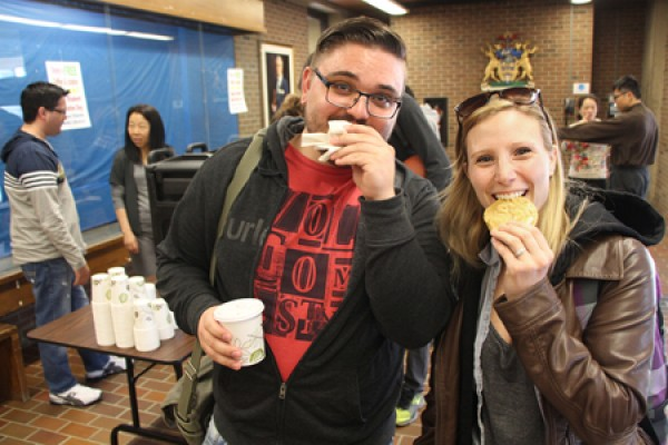 Phil Babbey and Dawn Wisniewski enjoying their cookies