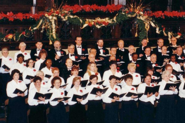 Chorale at altar