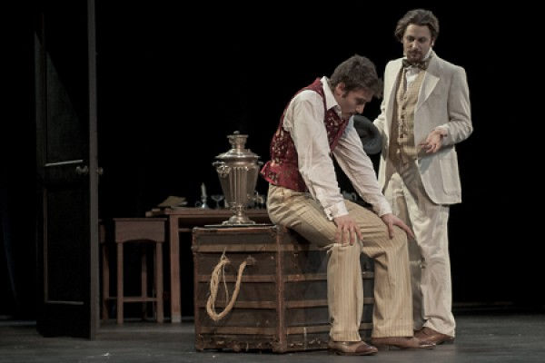 Mauro Meo as Konstantin Stanislavski and Andrew Iles as Anton Chekhov