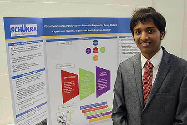 Vijaya Pandiyarajan with his poster presentation