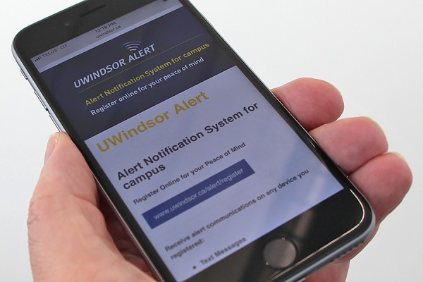 cellphone displaying UWindsor Alert screen
