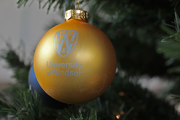 UWindsor ornament