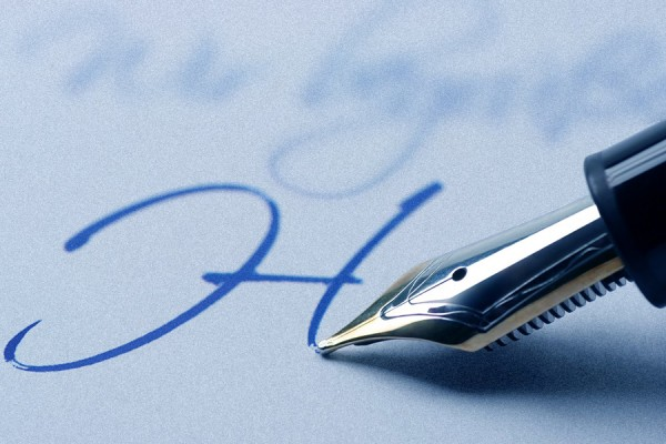 fountain pen writing beautiful letters