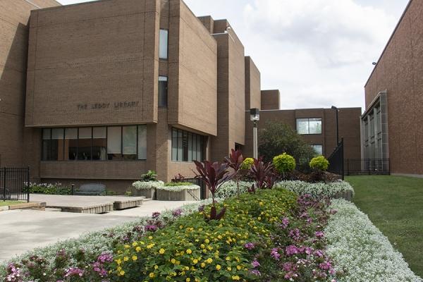 Leddy Library exterior
