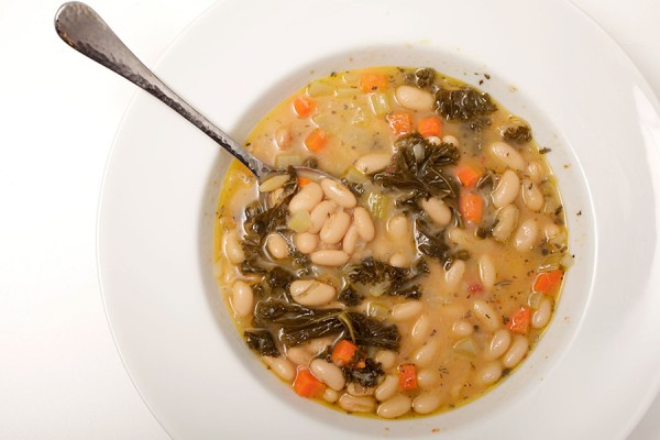 bowl of tuscan bean and kale soup