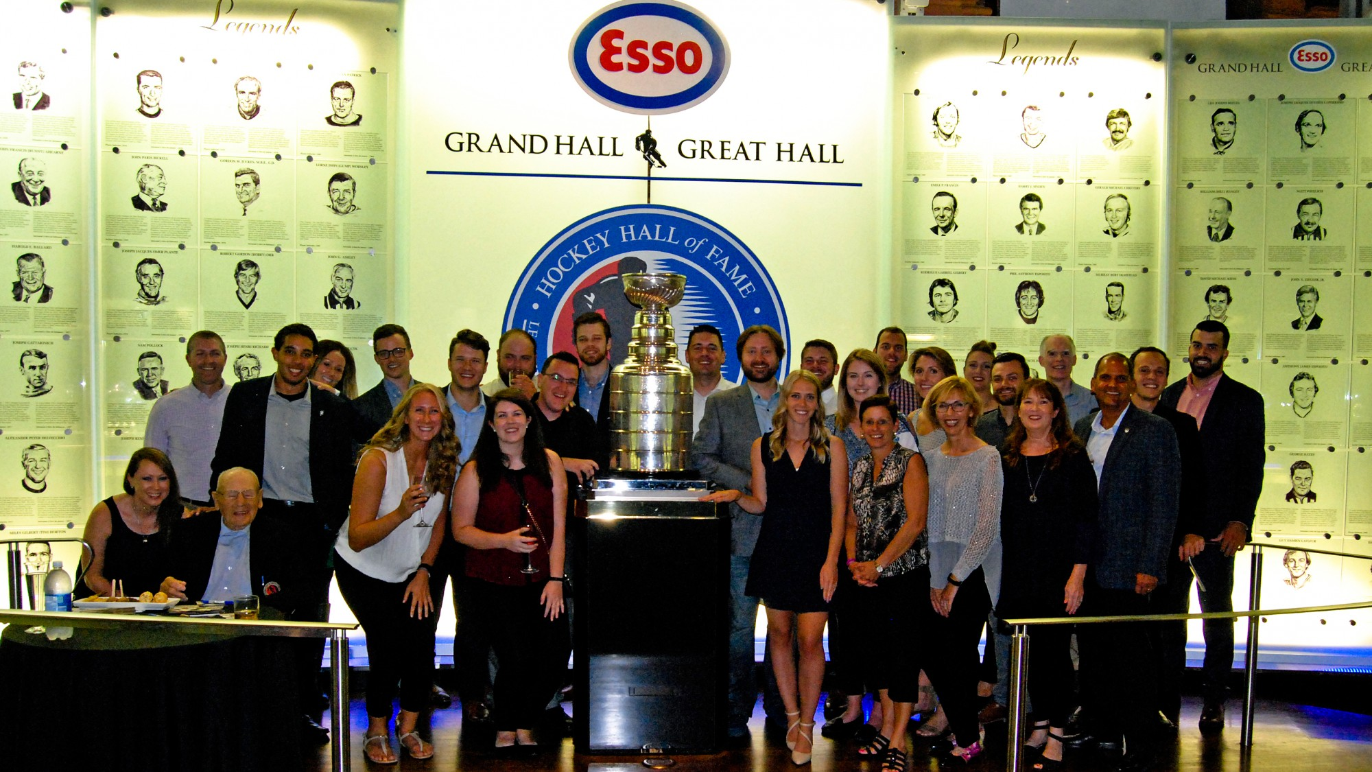 Alumni Event at Hockey Hall of Fame Group Shot