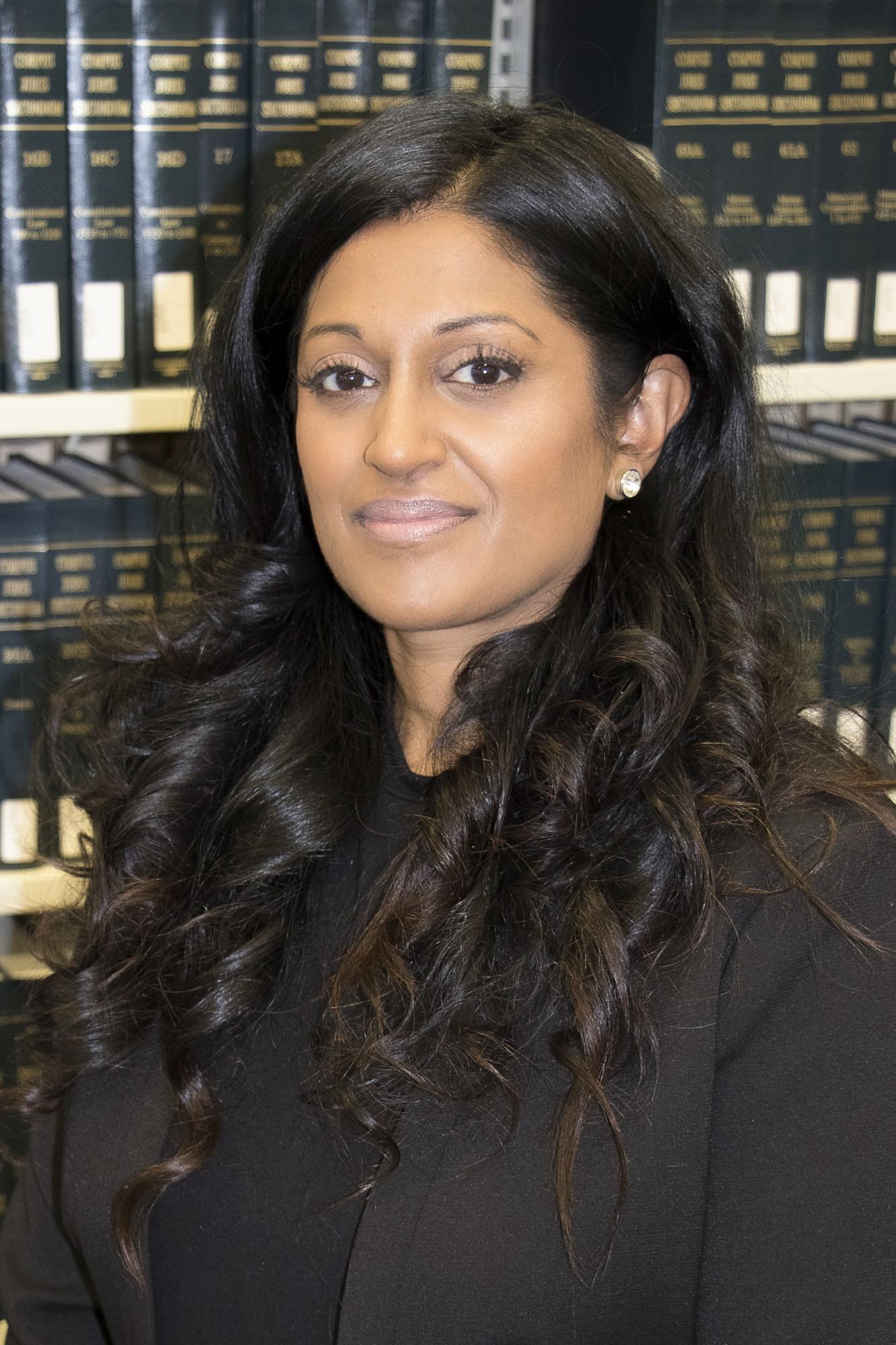 Assistant Professor, Shanthi Elizabeth Senthe