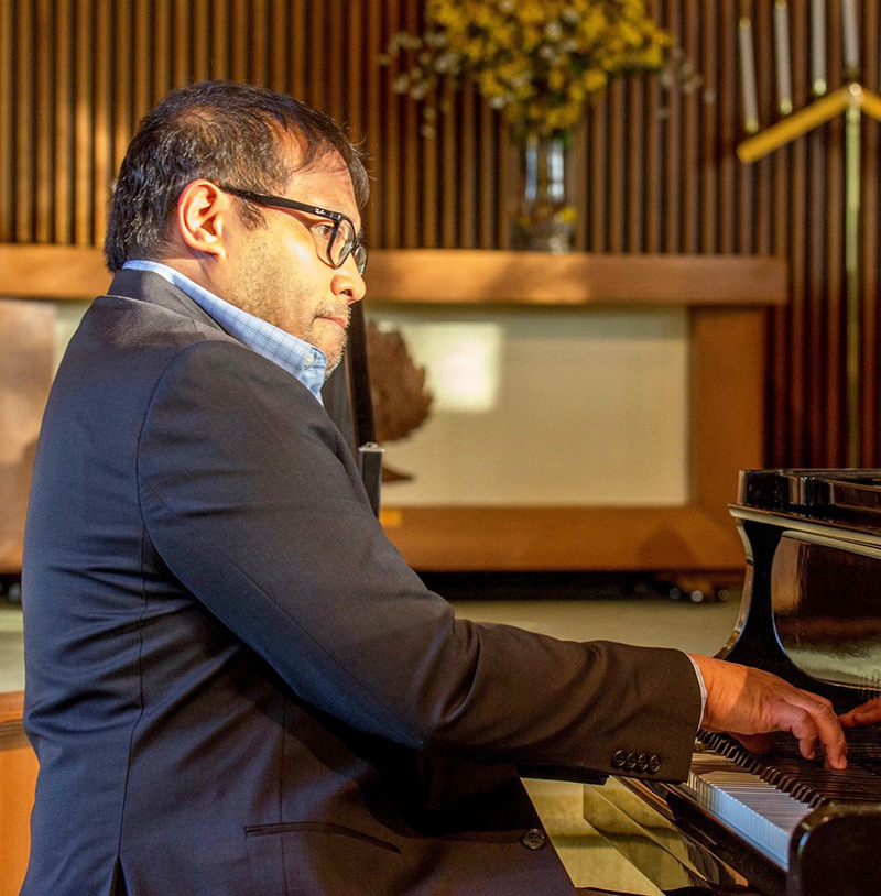 Pianist Alde Calongcagong is an alumnus of the University of Windsor