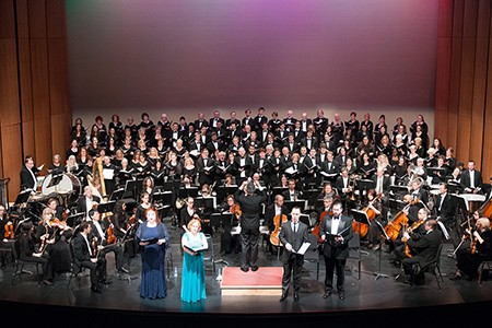 WSO, soloists and massed choir performing on the Capitol Theatre stage