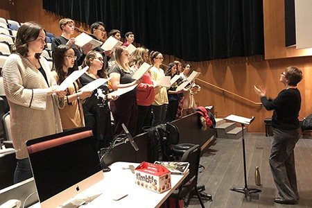 Elspeth Maynard directs the SoCA High School Honour Choir in rehearsal, November 2018
