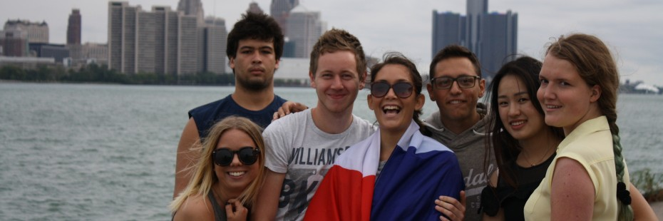 Incoming exchange students at the riverfront